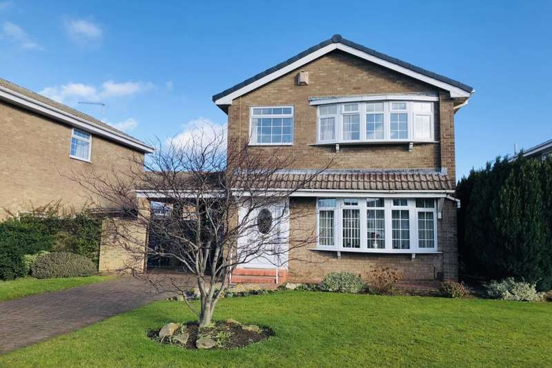 4 Bedrooms Detached House for sale in Enfield Chase, Guisborough, TS14