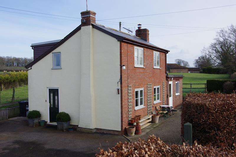 3 Bedrooms Detached House for sale in Brangwells Cottage, Hawcross, Redmarley, Gloucestershire, GL19 3JQ