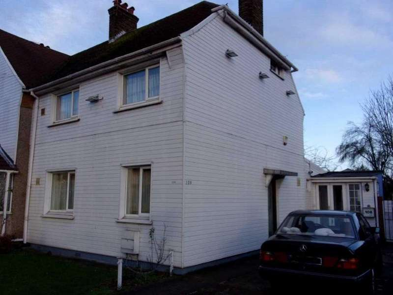 5 Bedrooms Semi Detached House for sale in Lady Margaret Road, Southall, Middlesex UB1