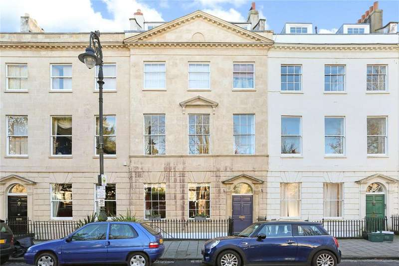2 Bedrooms Flat for sale in Caledonia Place, Clifton, Bristol, BS8