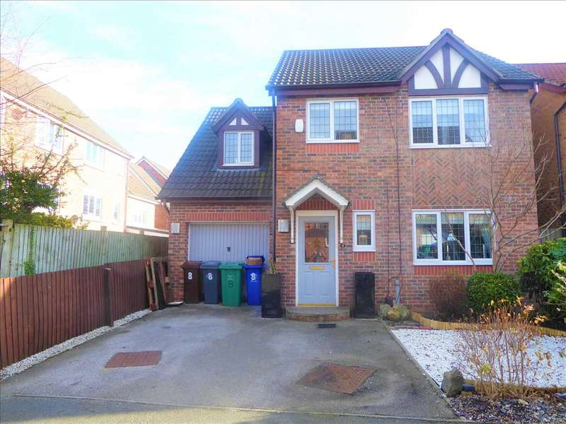 4 Bedrooms Detached House for sale in Oakcroft Way, Manchester