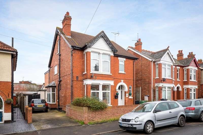 6 Bedrooms Detached House for sale in Linden Road, Gloucester