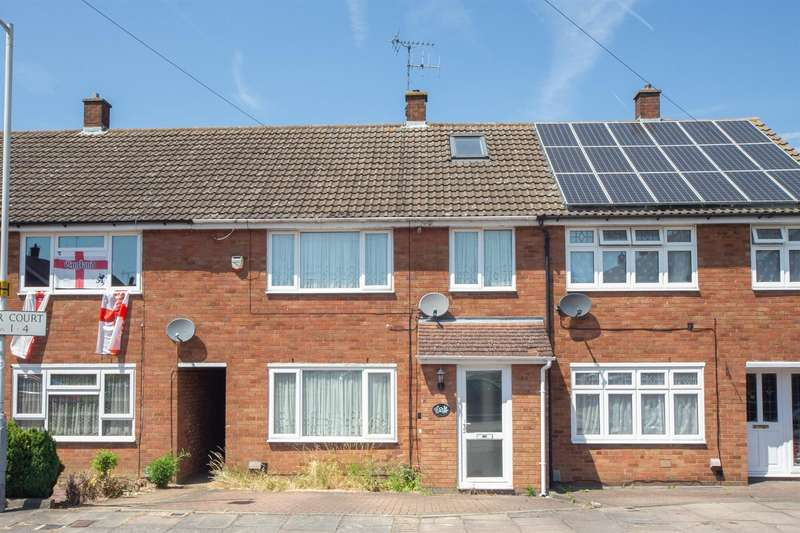 3 Bedrooms Terraced House for sale in Plough Close, Luton