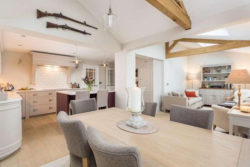 4 Bedrooms Detached House for sale in Hudson Close, Stamford Bridge, York, YO41