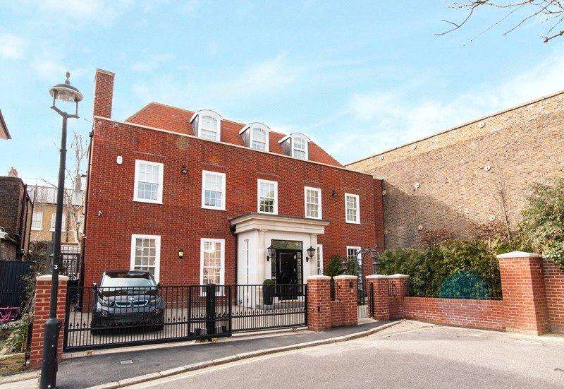 5 Bedrooms Detached House for sale in Acacia Place, St. John's Wood, London, NW8