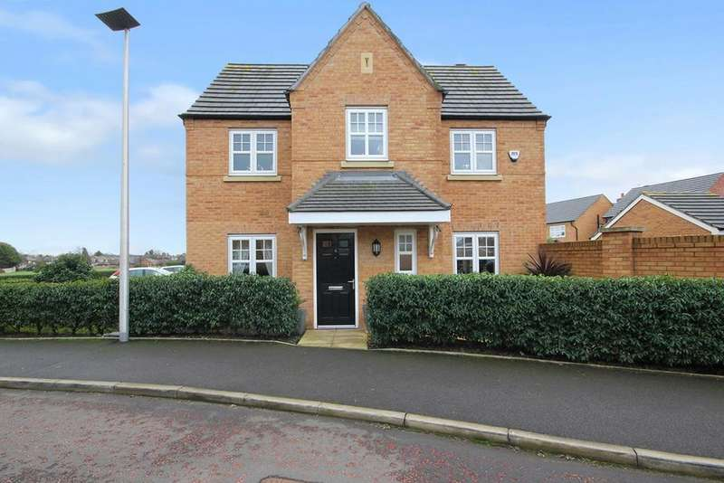 4 Bedrooms Detached House for sale in Massey Close, Newton-le-Willows, WA12