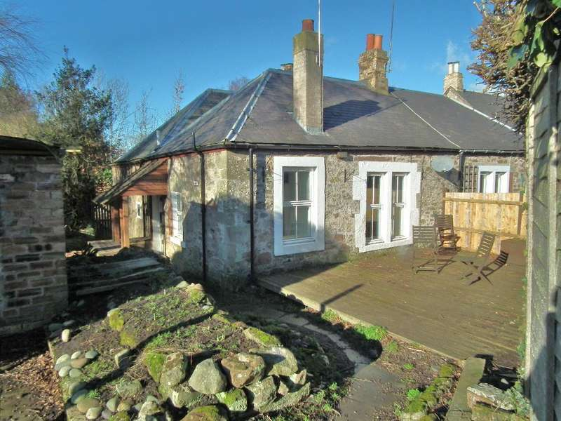 2 Bedrooms Flat for sale in Brewery Cottage, Kirkgate, Chirnside TD11 3XL