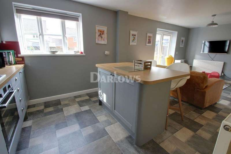 4 Bedrooms Detached House for sale in Lakeside Way, Nantyglo, Blaenau Gwent