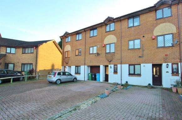 4 Bedrooms Terraced House for sale in Baverstock Road, Poole