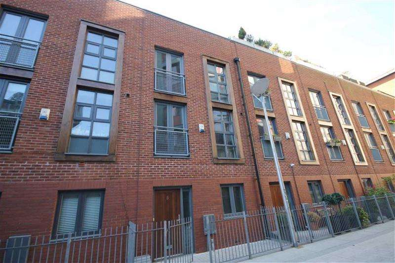 4 Bedrooms Property for sale in River Street, Manchester