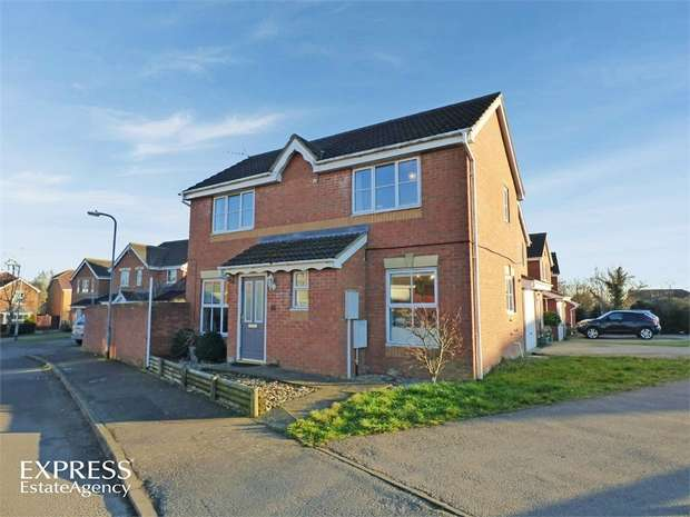3 Bedrooms Detached House for sale in Diswell Brook Way, Deanshanger, Milton Keynes, Northamptonshire