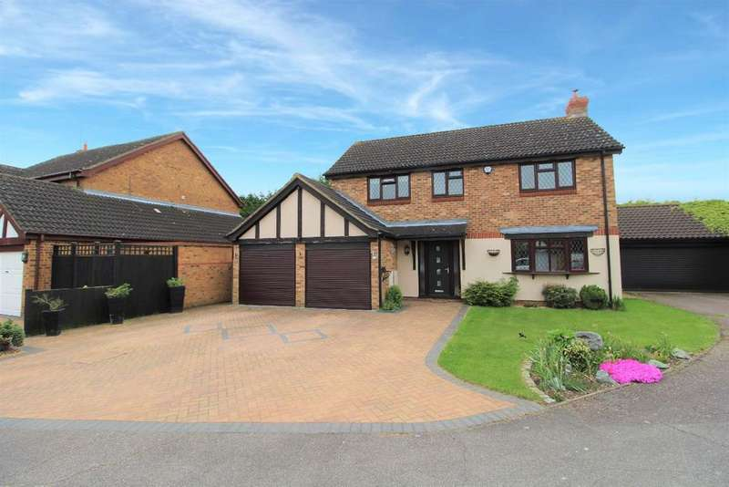 4 Bedrooms Detached House for sale in Cryselco Close, Kempston MK42