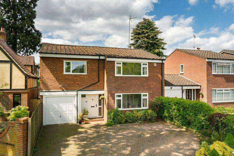4 Bedrooms Detached House for sale in Crown Street, Redbourn