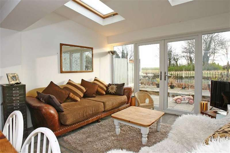 3 Bedrooms Cottage House for sale in Winwick Lane, Lowton, Cheshire
