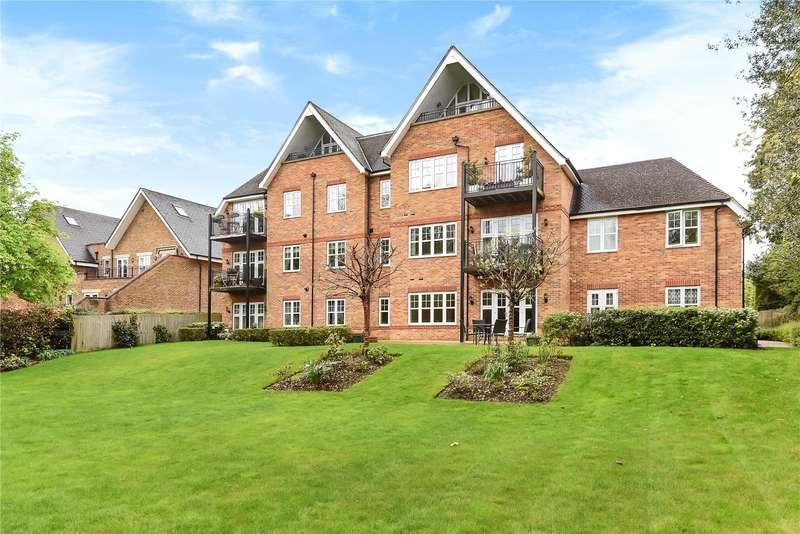 2 Bedrooms Apartment Flat for sale in Rutherford House, Packhorse Road, Gerrards Cross, Buckinghamshire, SL9