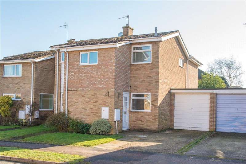 4 Bedrooms Semi Detached House for sale in Dovehouse Close, Bromham, Bedfordshire