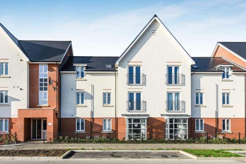 2 Bedrooms Apartment Flat for rent in William Heelas Way, Wokingham, RG40