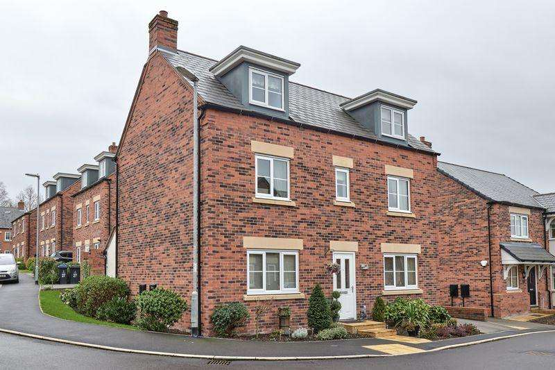 5 Bedrooms Detached House for sale in Davos Drive, Stoke-On-Trent