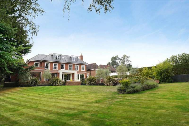 5 Bedrooms Detached House for sale in The Mount, Esher, Surrey, KT10