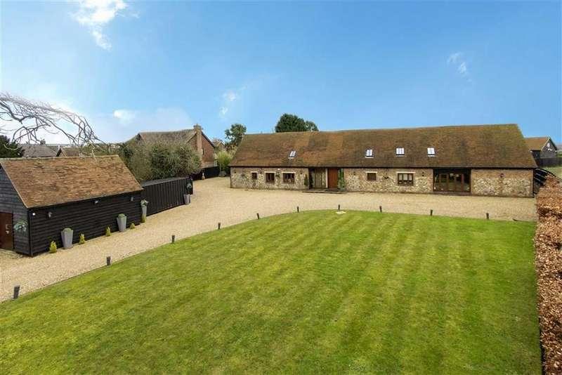 5 Bedrooms Detached House for sale in Common Lane, Radlett, Hertfordshire