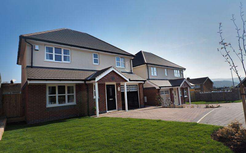3 Bedrooms Detached House for sale in The Newborough, Llys Marl Development, Llandudno Junction
