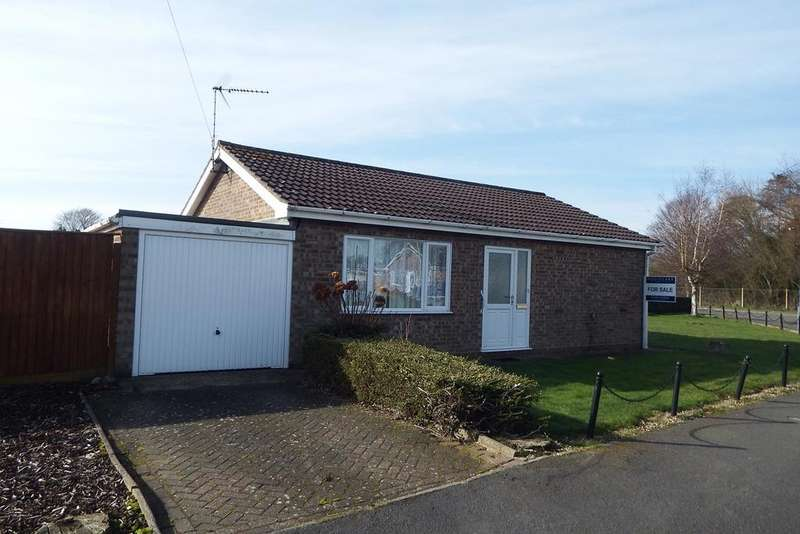 2 Bedrooms Detached Bungalow for sale in Dick Turpin Way, Long Sutton, PE12