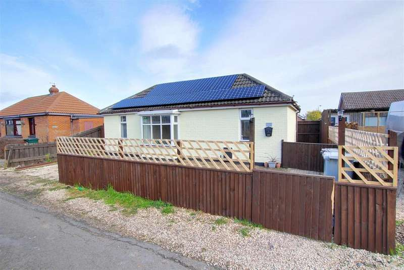 2 Bedrooms Detached Bungalow for sale in Grift Bank, Mablethorpe