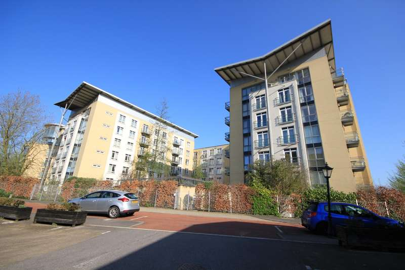 2 Bedrooms Flat for sale in The Meridian, Kenavon Drive, Reading, RG1