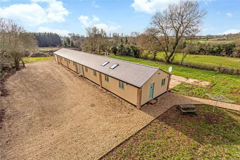 4 Bedrooms Equestrian Facility Character Property for sale in Northmead Lane, Iron Acton, Bristol, BS37