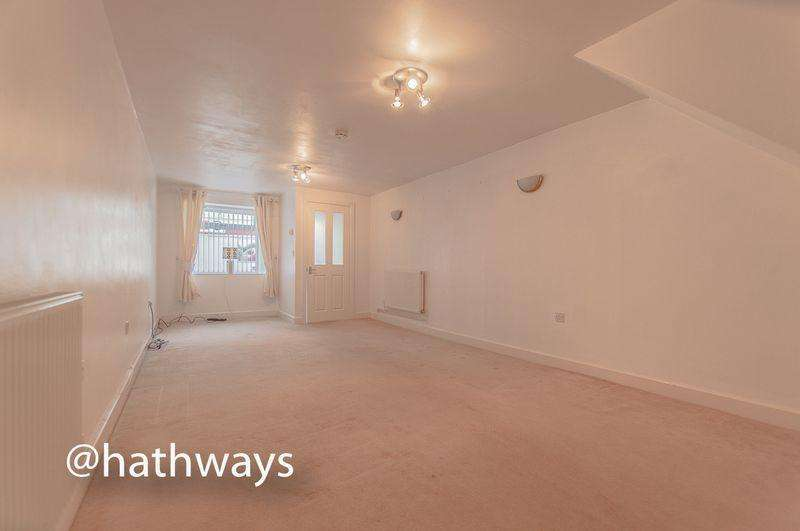 3 Bedrooms Terraced House for sale in High Street, Tranch