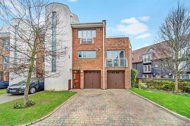 4 Bedrooms House for sale in Tallow Road, Brentford, TW8