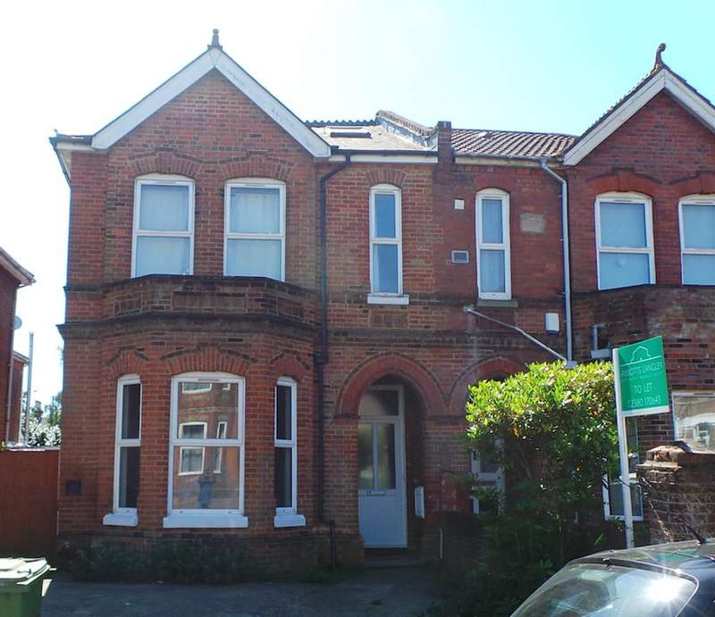 9 Bedrooms Semi Detached House for rent in Student Property - Alma Road