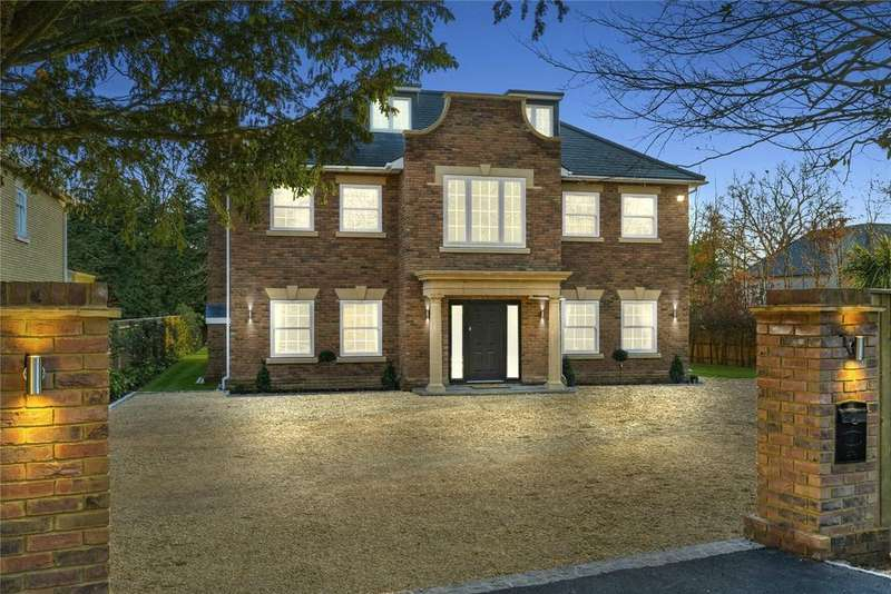 5 Bedrooms Detached House for sale in Langtons, Templewood Lane, Farnham Common, Buckinghamshire