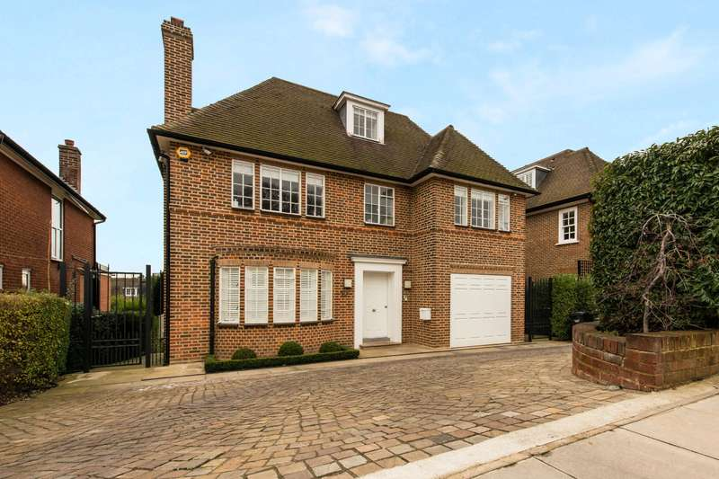4 Bedrooms Detached House for sale in Church Mount, Hampstead Garden Suburb