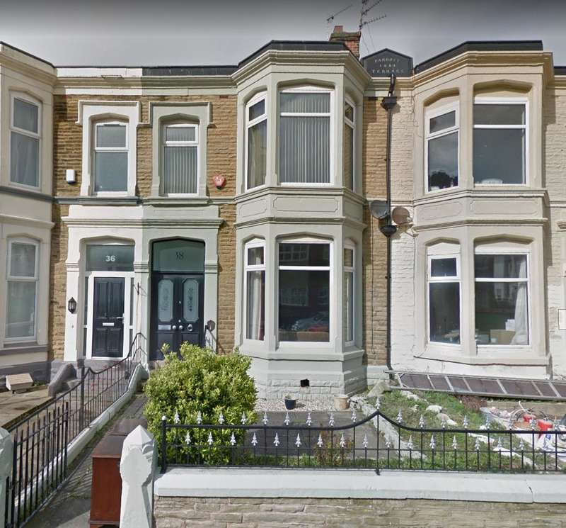 4 Bedrooms Terraced House for sale in Dean Street, Blackpool, Lancashire, FY4 1BP