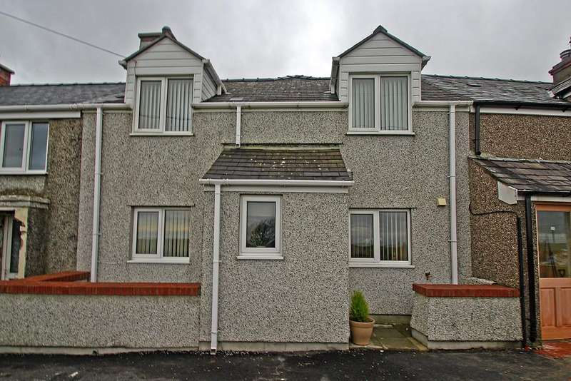 3 Bedrooms Terraced House for sale in Pencarnisiog, Nr Rhosneigr, Anglesey