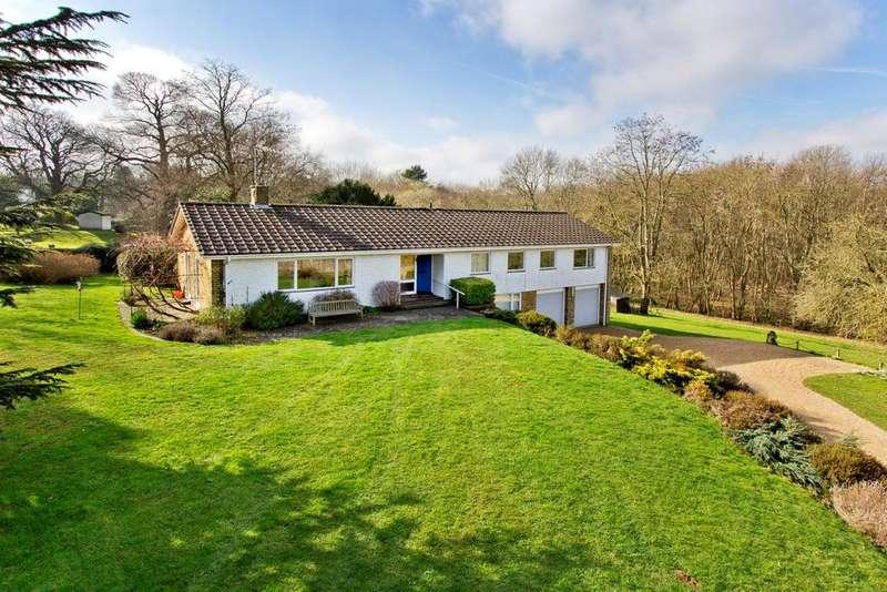 5 Bedrooms Detached House for sale in Woodlands Lane, Shorne DA12