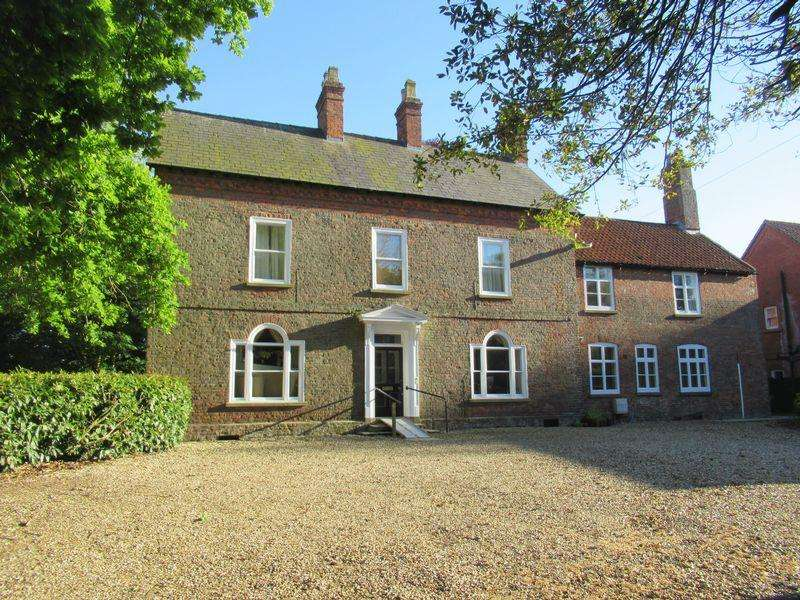 7 Bedrooms Unique Property for sale in Church Street, Spilsby