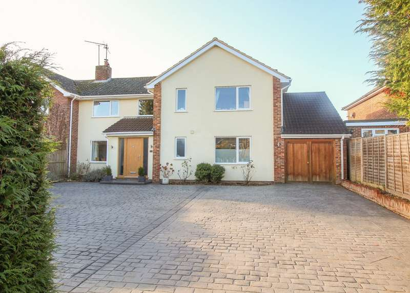 4 Bedrooms Semi Detached House for sale in Carling Road, Sonning Common, Reading, RG4