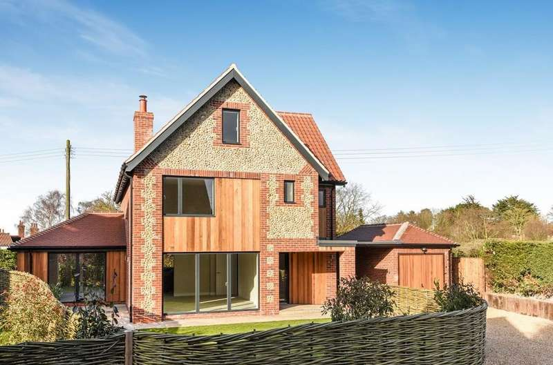 5 Bedrooms Detached House for sale in Blakeney