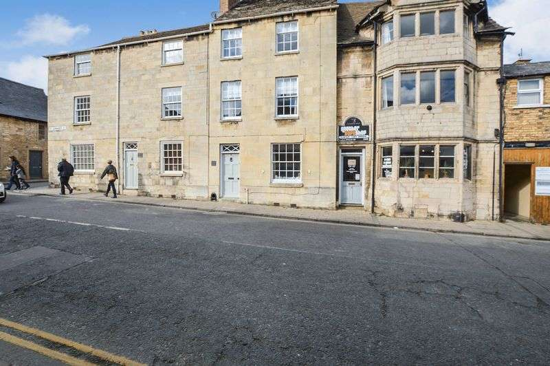 4 Bedrooms Property for sale in St. Leonards Street, Stamford
