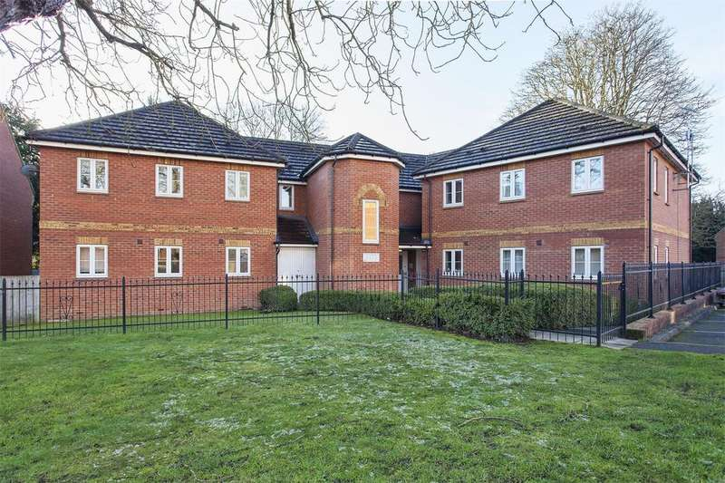 2 Bedrooms Apartment Flat for sale in Swallows Croft, Reading, Berkshire, RG1