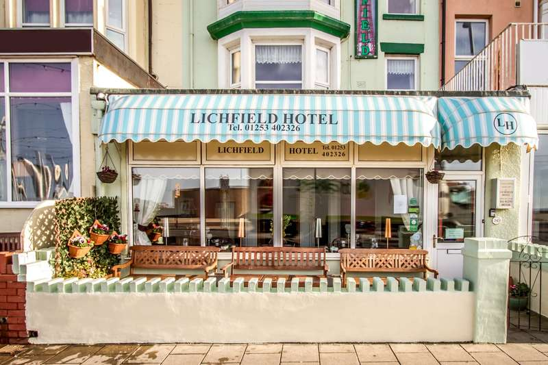 15 Bedrooms Hotel Gust House for sale in Lichfield Hotel, Blackpool , FY1 6AH