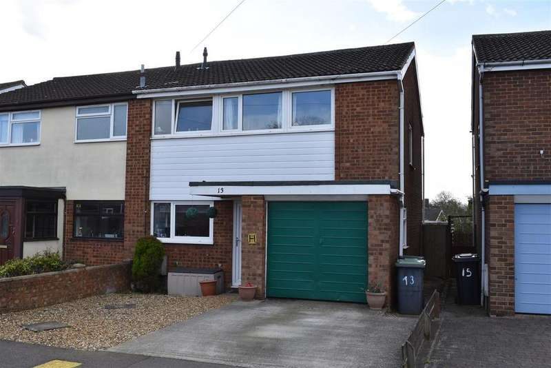 4 Bedrooms House for sale in Orchard Way, Cranfield, Bedford