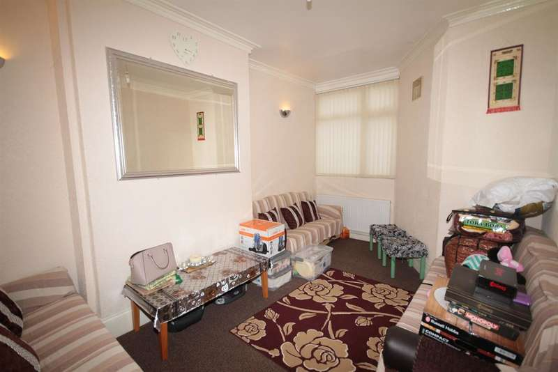 4 Bedrooms Terraced House for sale in Lothian Road, Middlesbrough, TS4 2HL