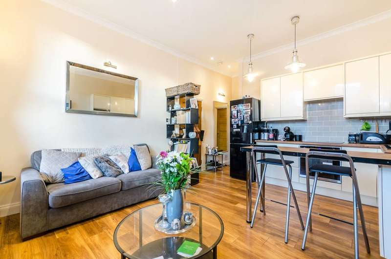 1 Bedroom Flat for sale in Brownhill Road, Hither Green, SE6