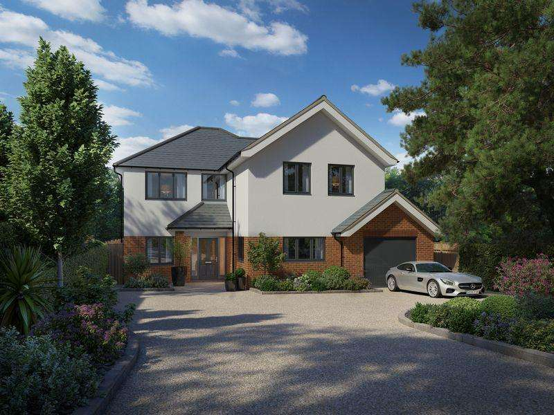 4 Bedrooms Detached House for sale in Downs Road, Epsom