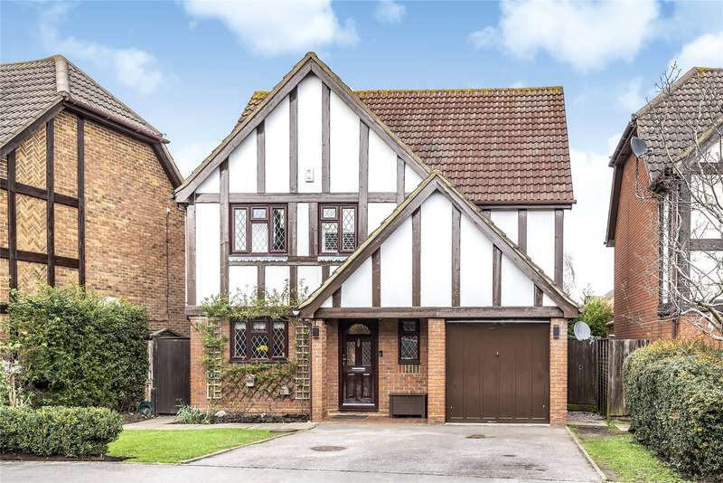 4 Bedrooms Detached House for sale in Munnings Drive, College Town, Sandhurst, Berkshire, GU47