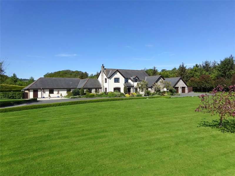 4 Bedrooms Detached House for sale in Pentre Llanrhaeadr, Denbighshire, LL16