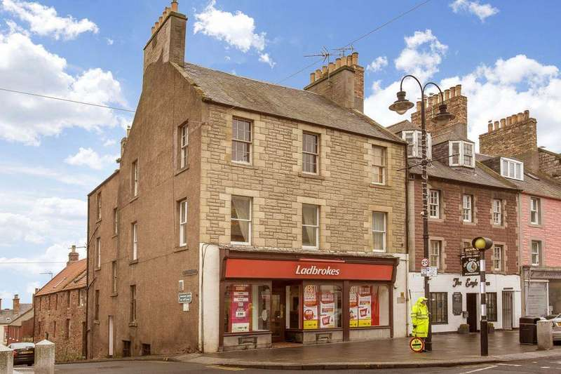 2 Bedrooms Flat for sale in 1 Silver Street, Dunbar, EH42 1EP